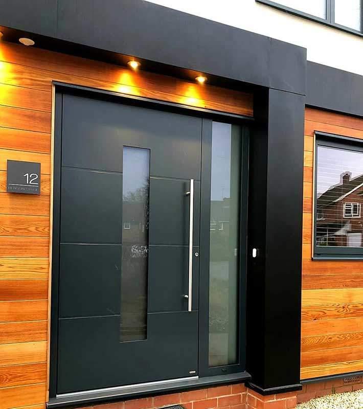 Glazed aluminium front Entre door