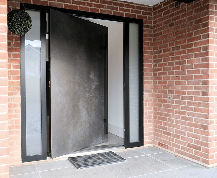 Ceramic Pivot door
