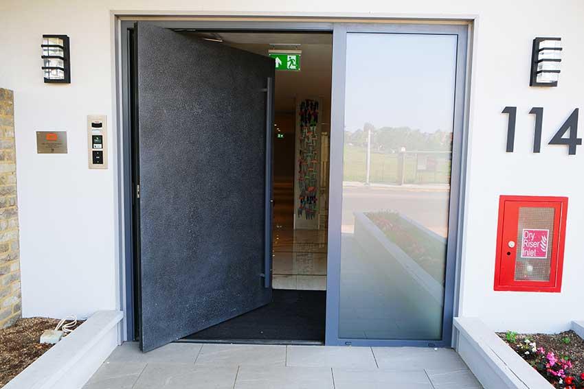 RK Pivot door in grey
